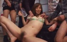 おしっこ飲まされ過ぎて気が狂ってしまった!?澤村レイコが中出しされまくる禁断の飲尿セックス!