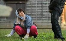ぽっちゃりだるだる…卑猥に熟れた松本花恵が草むしり中に現れた露出狂に中出しされる青姦FUCK!